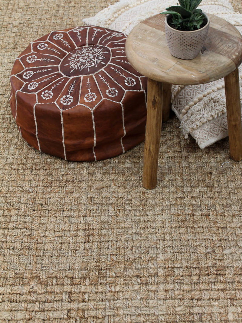 Acapulco Natural rug is a thick and textured handwoven 100% jute rug
