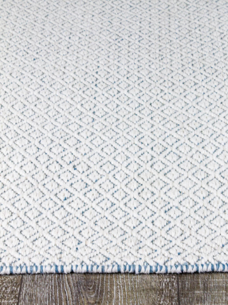 Braid Pastille Ivory Blue flatweave made from 100% pure wool rug thickness