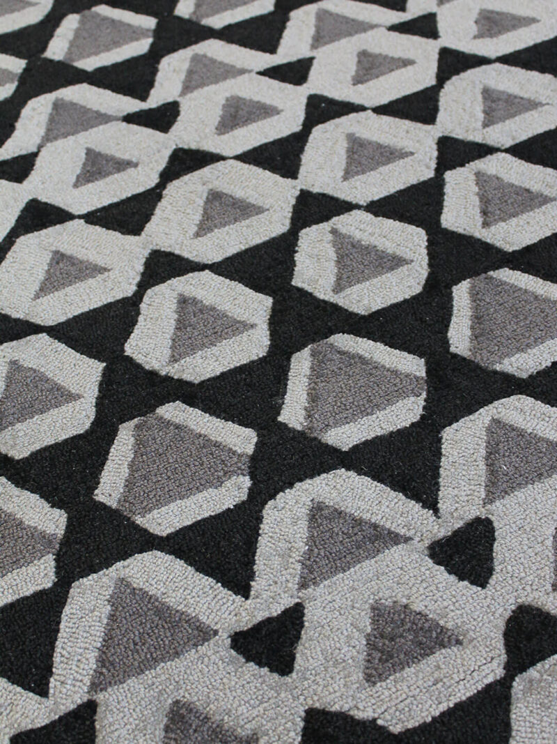 Gypsy Graphite grey and black patterned rug
