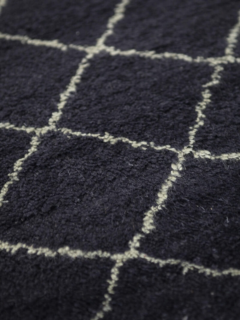 Nordic Diamond handknotted wool rug in Charcoal - detail image