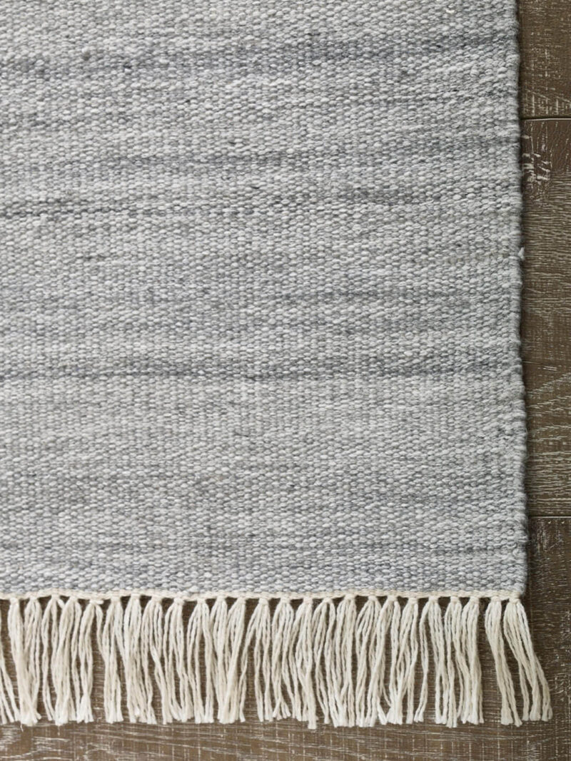 Fiji Grey indoor/outdoor flatweave rug - corner image